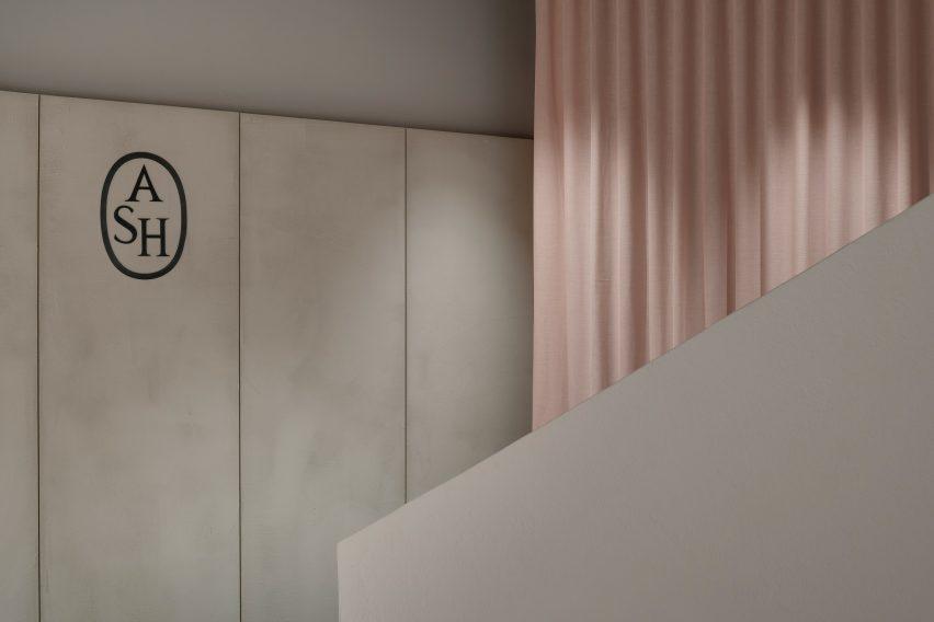 ASH Mallorca shoe store by Francesc Rifé Studio