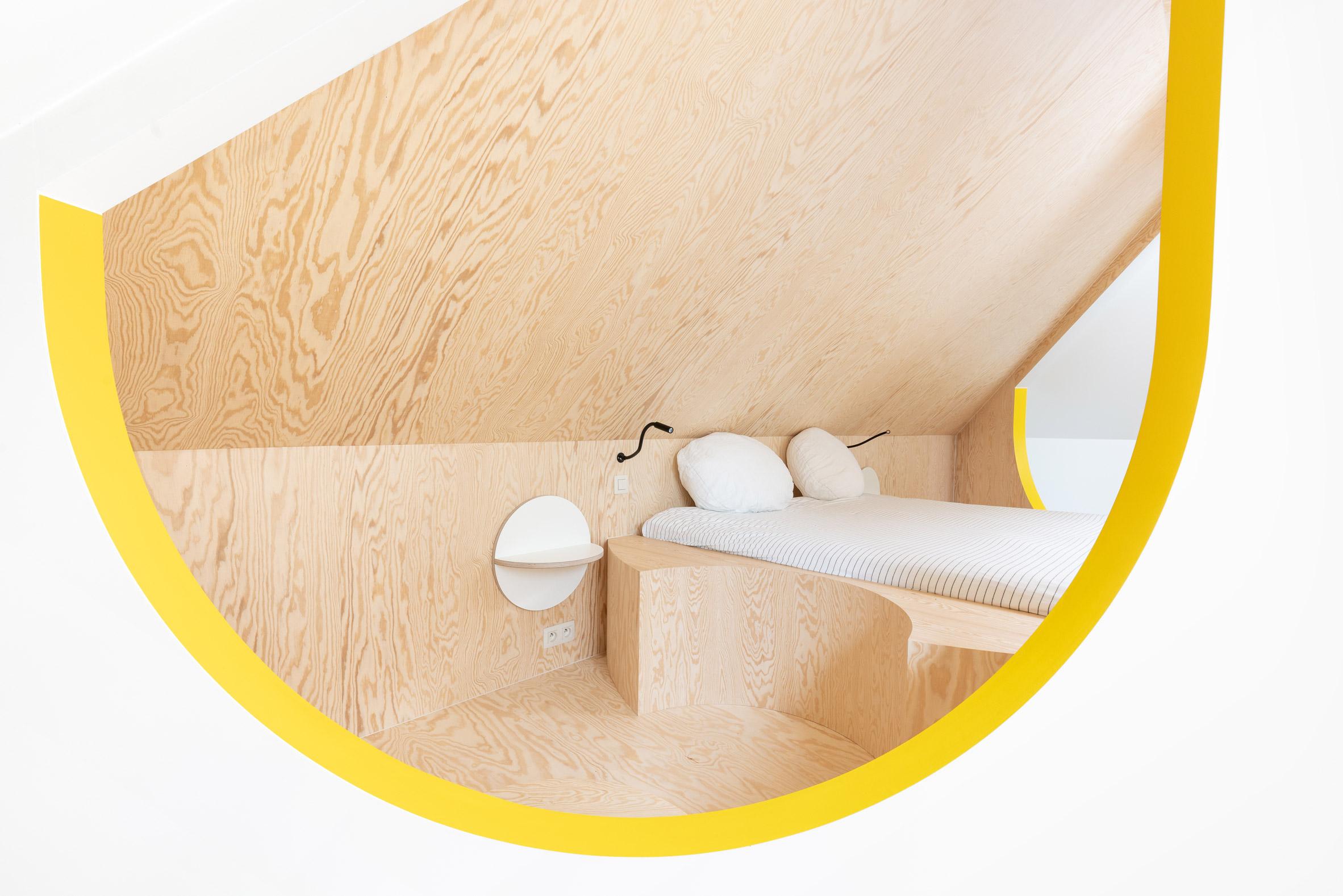 Attic conversion by Van Staeyen Interieur Architecten