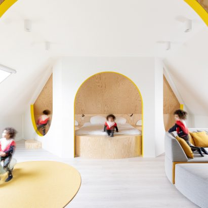 Attic conversion by Van Staeyen Interieur Architecten