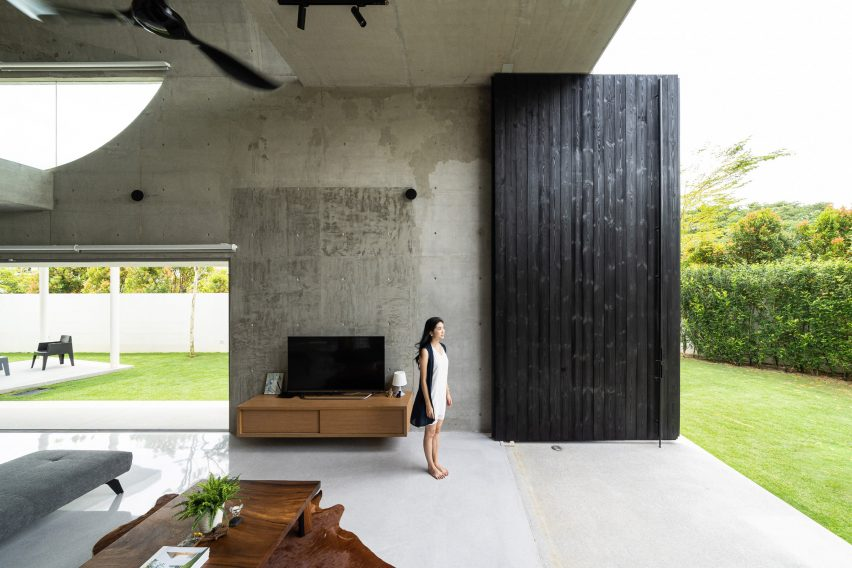 Bewboc House by Fabian Tan doors