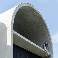 Fabian Tan adds barrel-vaulted concrete extension to Kuala Lumpur home