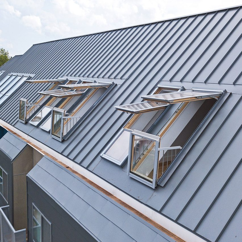 Fakro Roof Windows Add Light And Outdoor Space To Attic Apartments In Virginia Architecture Design Competitions Aggregator
