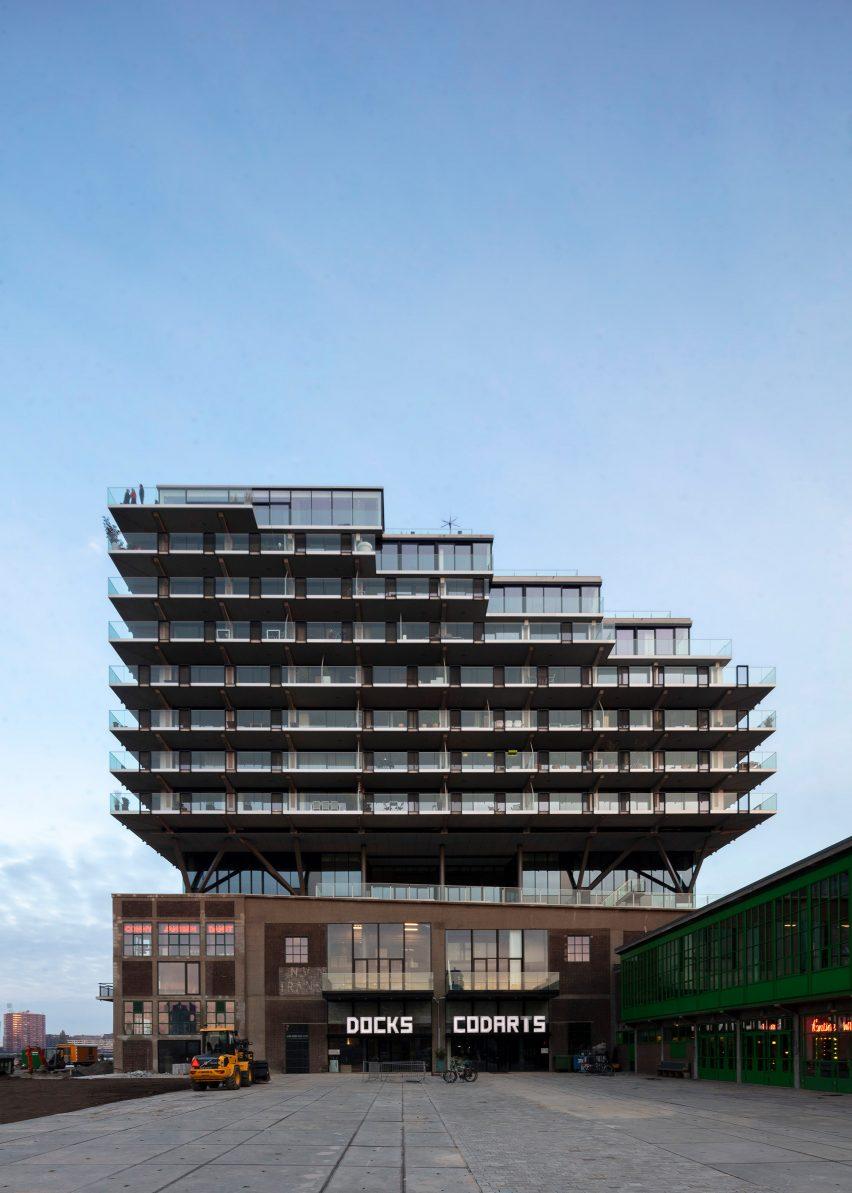 Fenix I by Mei Architects photography by Marc Goodwin