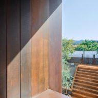 Gallery House by Raúl Sánchez Architects window