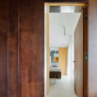 Gallery House by Raúl Sánchez Architects doorway