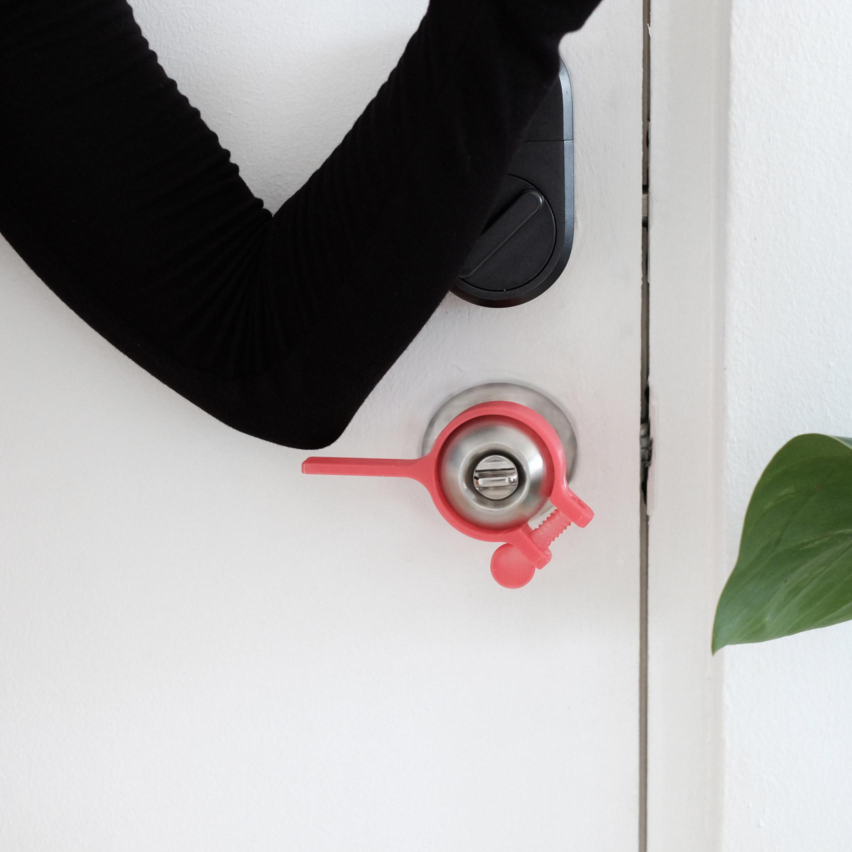Hands Free Sanitary Door Opener Attachment