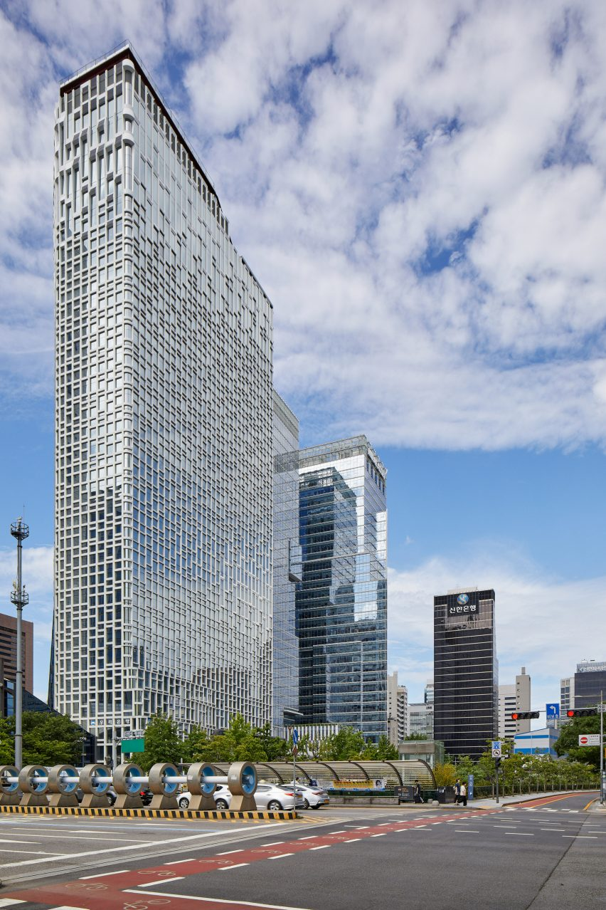 Hanwha Headquarter Office Tower Remodelling by UNStudio