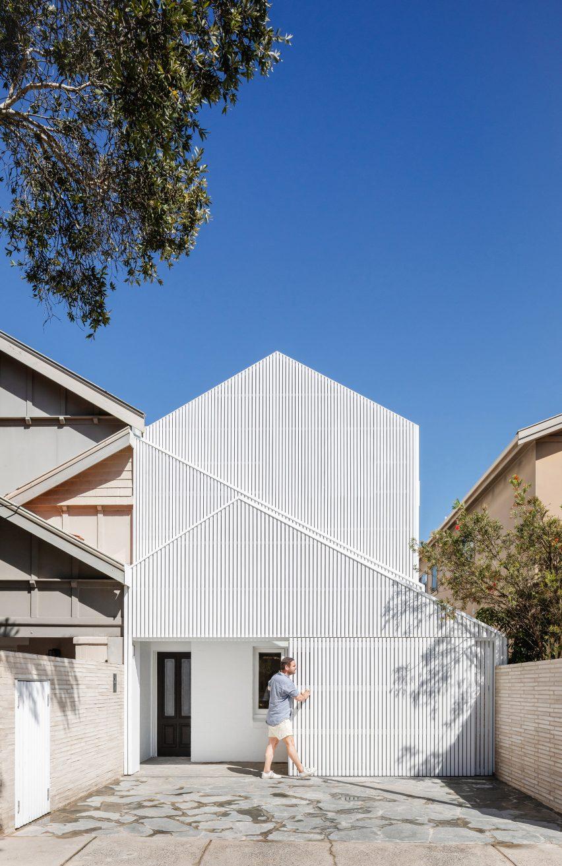 North Bondi House by James Garvan Architecture