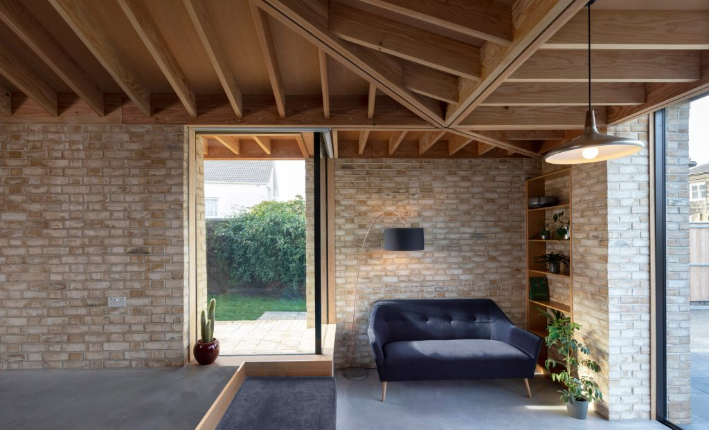 Oliver Chapman Architects combines technology and craft in Flitch House