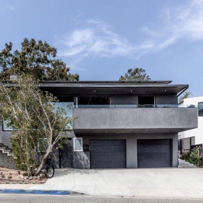 Ramar Residence and Studio by Saez Pedraja