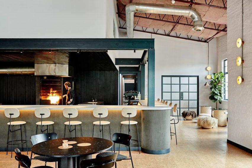 Сило ресторан, разработанный Nina + Co