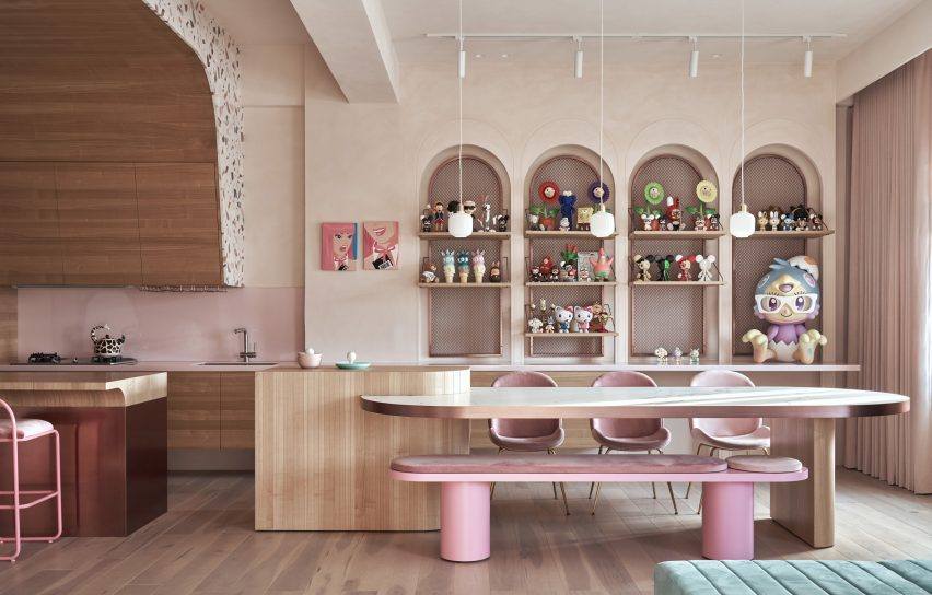 the-pink-house-kc-design-studio-holiday-home-taiwan_dezeen_2364_col_16-852x544.jpg