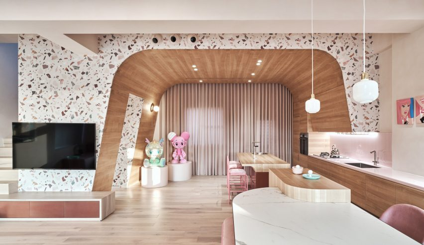 the-pink-house-kc-design-studio-holiday-home-taiwan_dezeen_2364_col_20-852x492.jpg