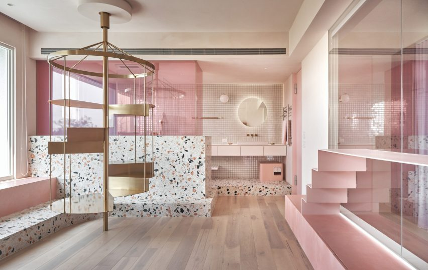 the-pink-house-kc-design-studio-holiday-home-taiwan_dezeen_2364_col_6-852x538.jpg