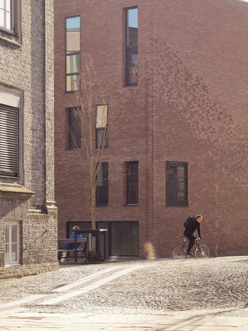 Theodora House Wohnblock in der Carlsberg Brauerei in Kopenhagen von ADEPT