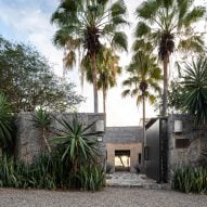 Zozaya Arquitectos tops Mexican beach house Casa La Vida with dried palm leaves