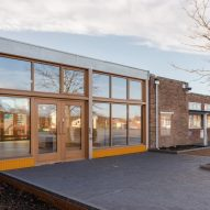 Wroughton Academy in Gorleston, Great Yarmouth, by DK-CM