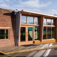Wroughton Academy in Gorleston, Great Yarmouth, by DK-CM
