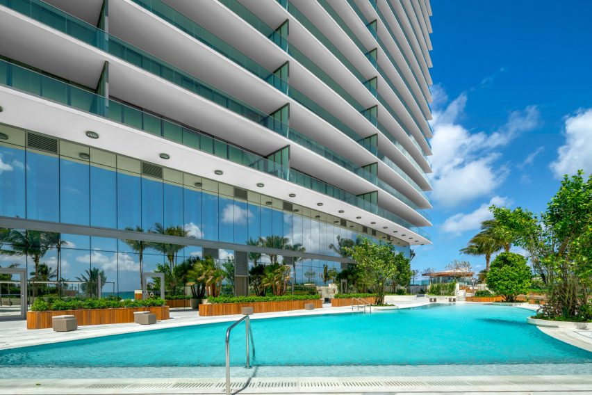 Residences by Armani Casa by Giorgio Armani and Cesar Pelli