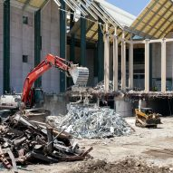 Photography reveals LACMA demolition during coronavirus pandemic
