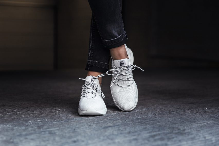 Norm's 1L11 trainer