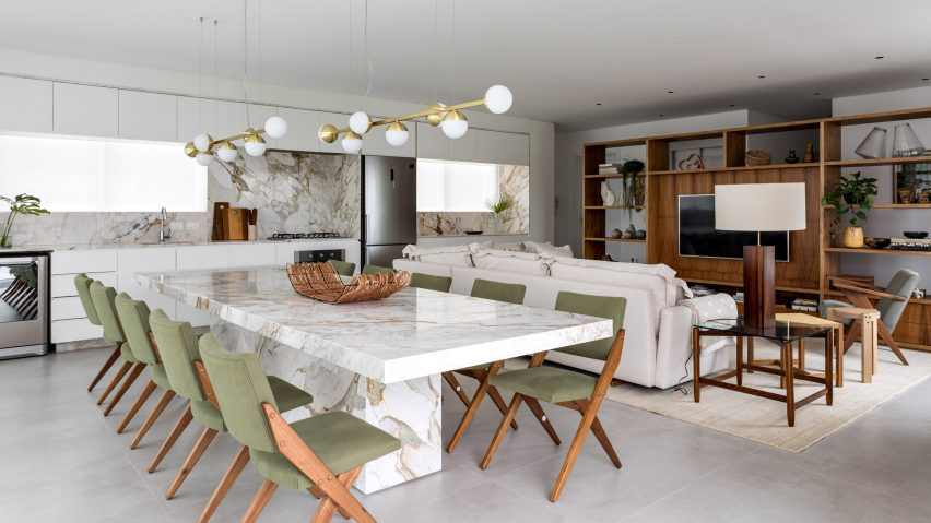 Praia Mansa Apartment by Leandro Garcia