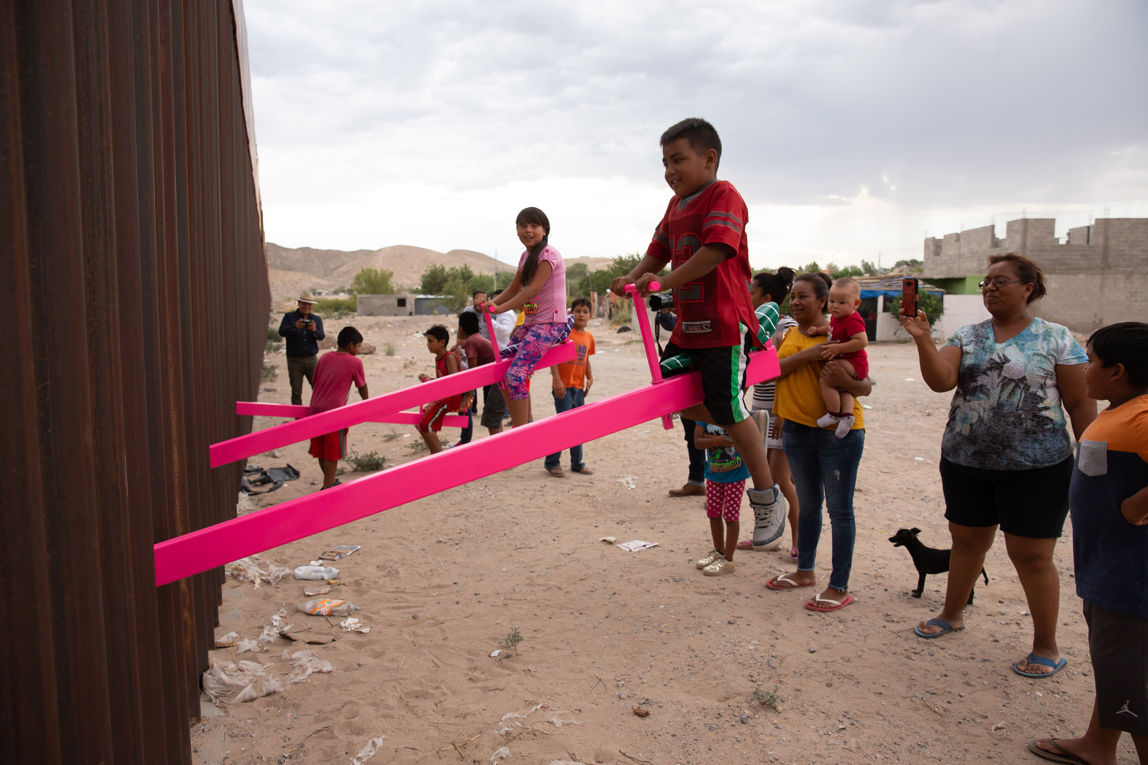 Us-Mexico border seesaws by Rael San Fratello is Design of the Year 2020