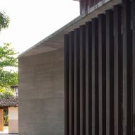 Synagogue at the Hebraic Union of Paraguay by Equipo de Arquitectura
