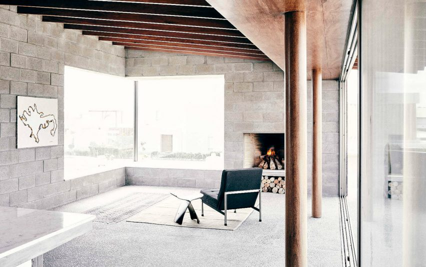 Textile House in Paracas by Ghezzi Novak