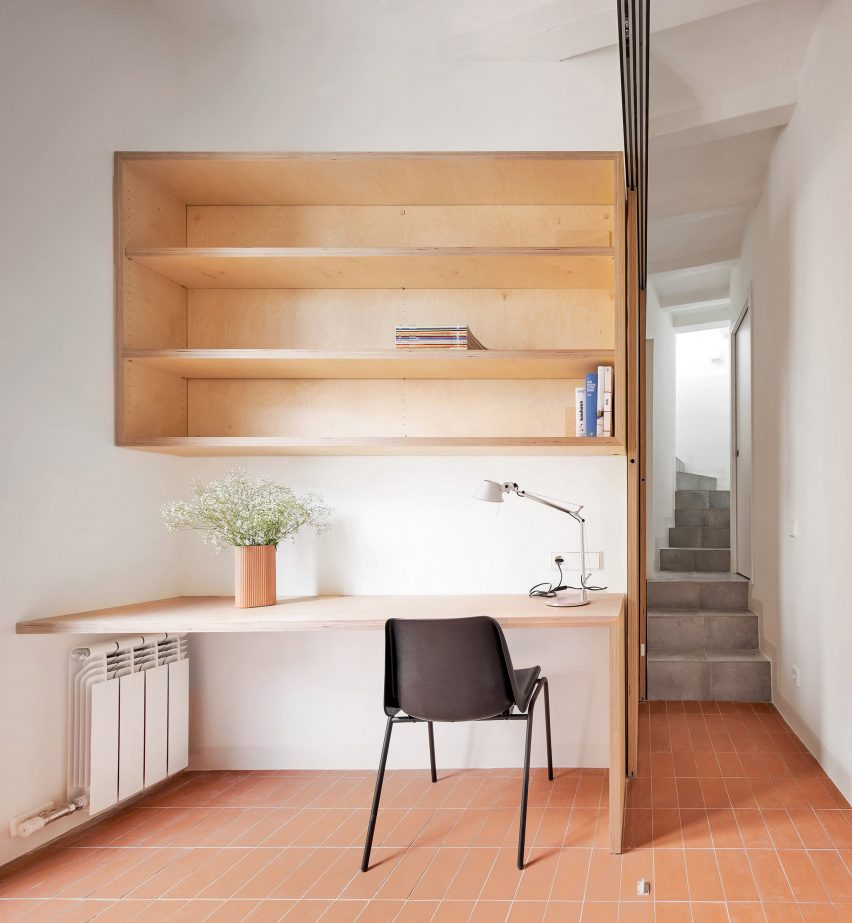 Mas Aqui Gives 1910s House In Barcelona A Minimalist Update