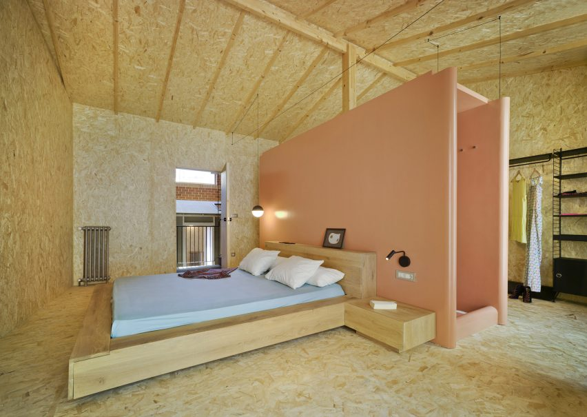 Chipboard bedroom in Spain