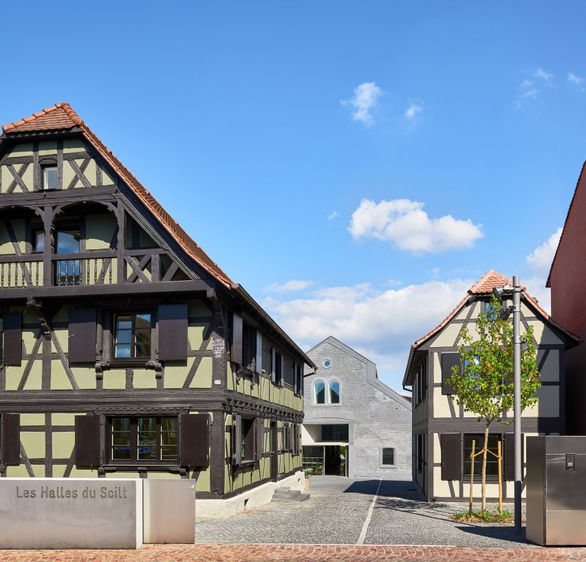 Covered market in Schiltigheim byDominique Coulon & Associés