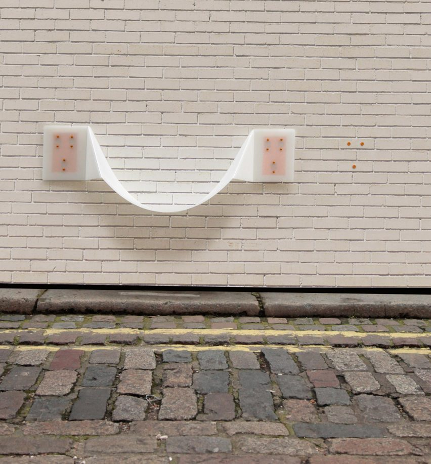 Thomas Gossner's wall-mounted Flair chair takes cues from plastic lunchboxes
