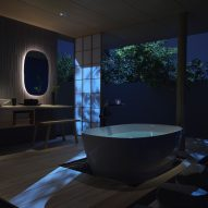 S600 Line freestanding bathtub by INAX