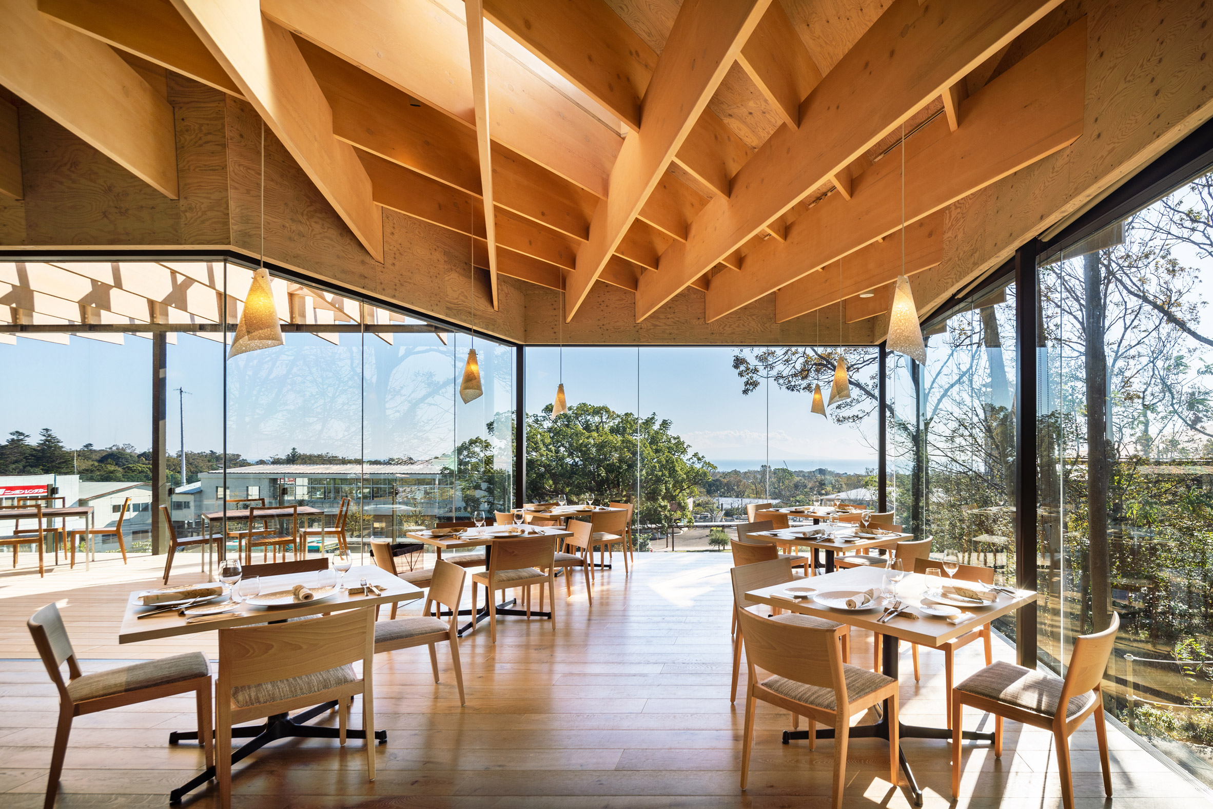 Mikuni Izukogen restaurant by Kengo Kuma