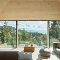 Skigard Hytte in Norway, by Mork-Ulnes Architects