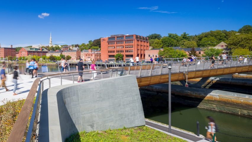 Providence Pedestrian Bridge by Inform Studio