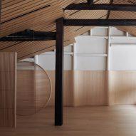 Air Architects lines Hangzhou's Random Art Space in light-hued oakwood