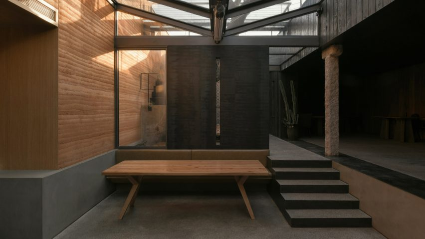 Restaurant Ya in Beijing by C+ Architects