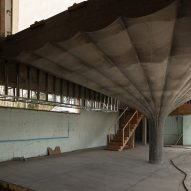 Omer Arbel Office films concrete tree-like forms that will become House 75.9