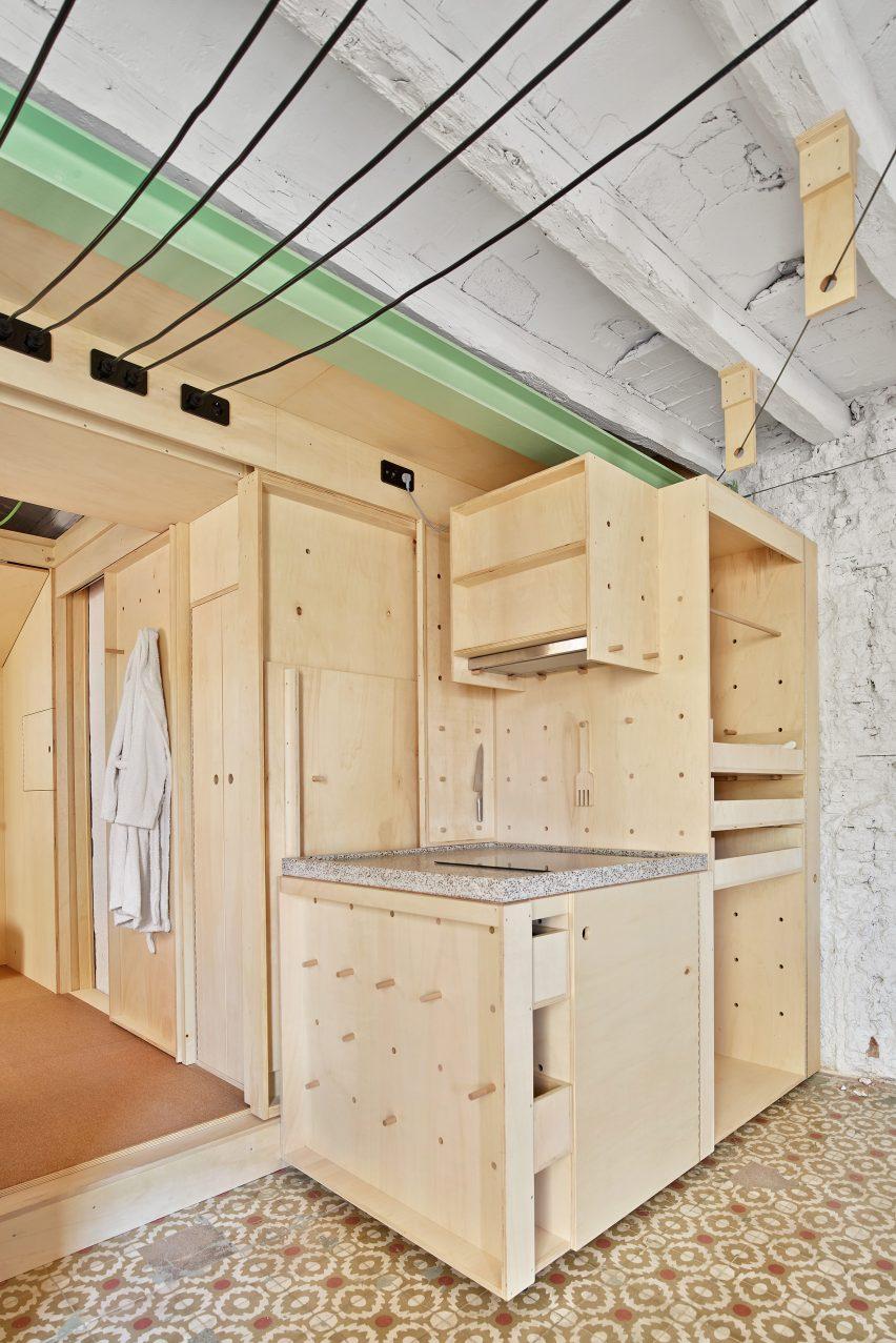 Alfondac guest apartment by Aixopluc