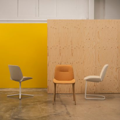 Nuez chairs by Andreu World