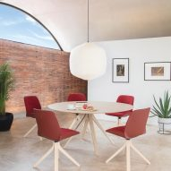 Nuez Table by Andreu World