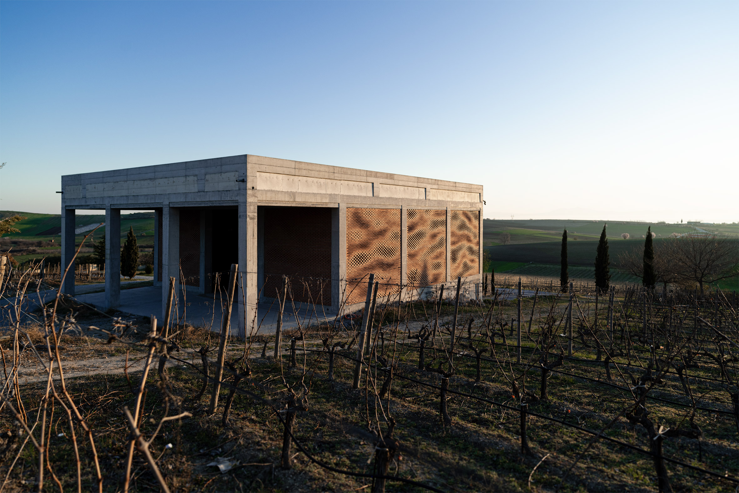 Kitrvs winery's parametric facades built using augmented bricklaying by Gramazio Kohler Research at ETH Zürich