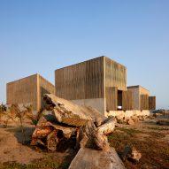 BAAQ divides beachside house into four to take advantage Pacific Ocean views