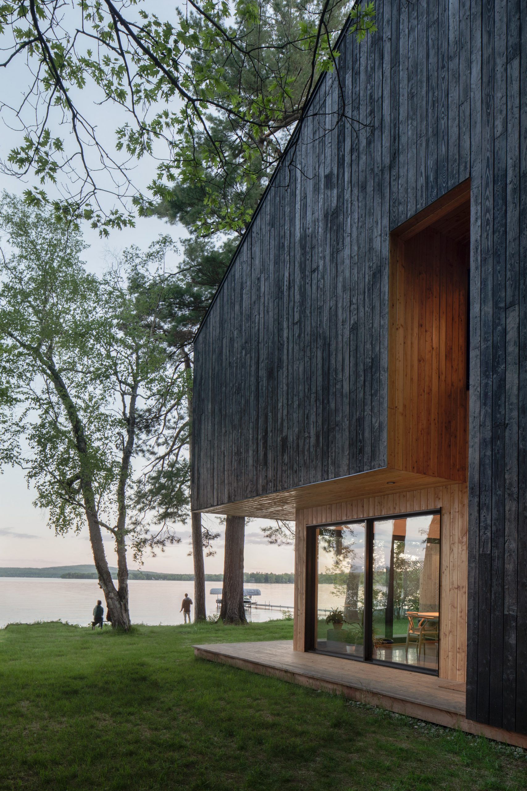 Chalet Lakeside by Atelier Schwimmer