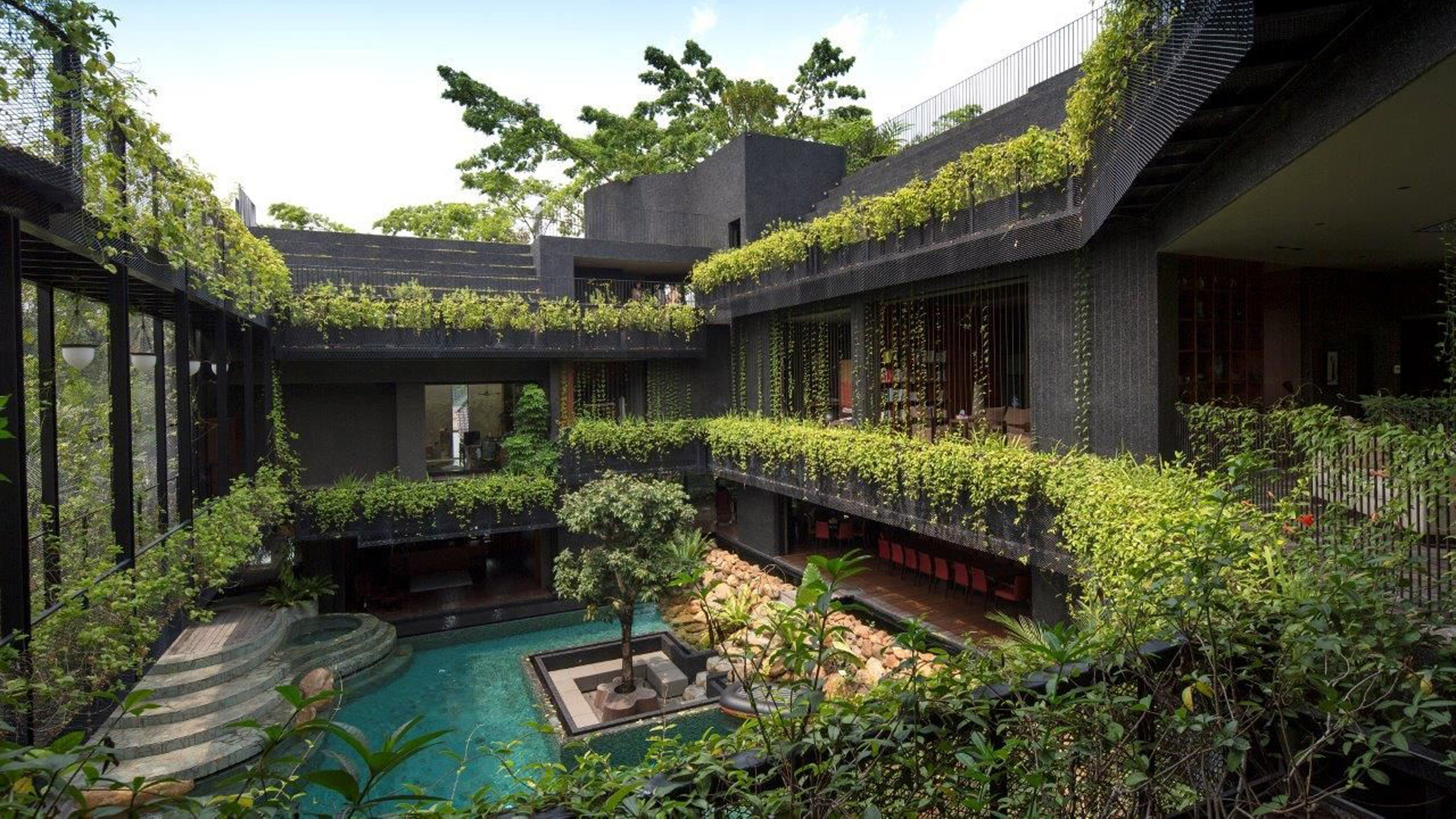 Five Houses From Courtyard Living Contemporary Houses Of The Asia Pacific