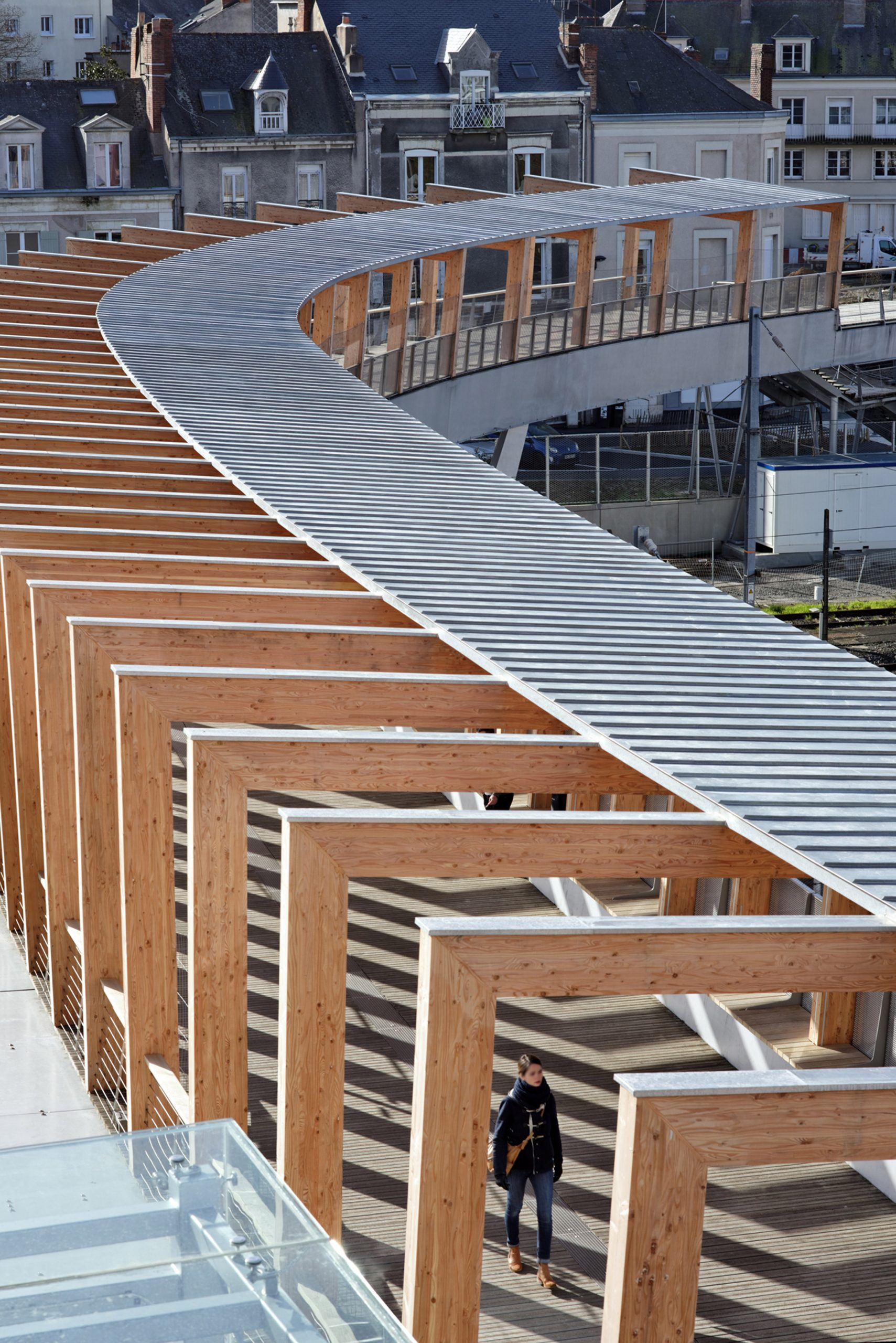 Footbridge in Angers by Dietmar Feichtinger Architectes