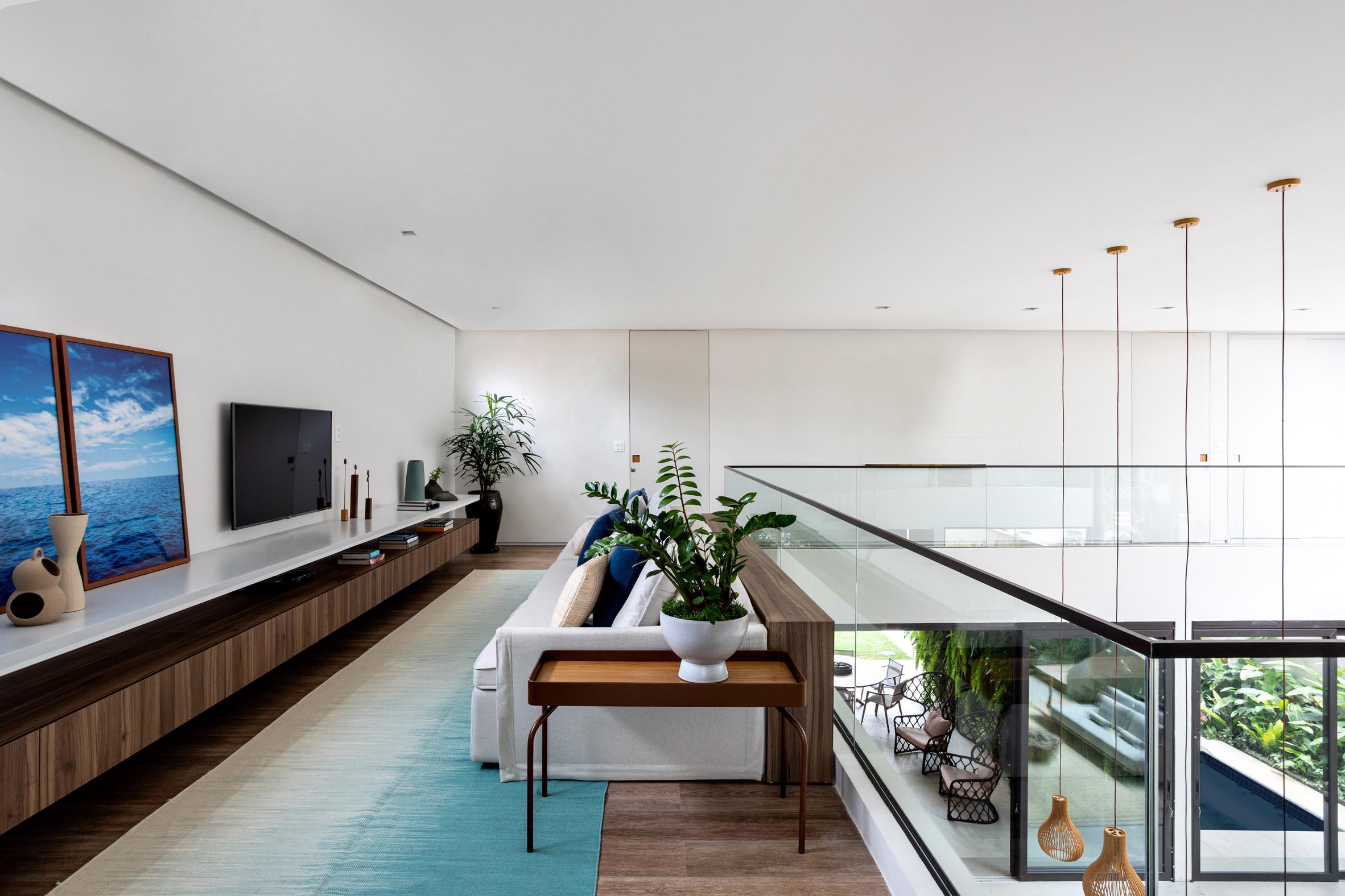 House NK by Rua 141 and Zalc Arquitetura