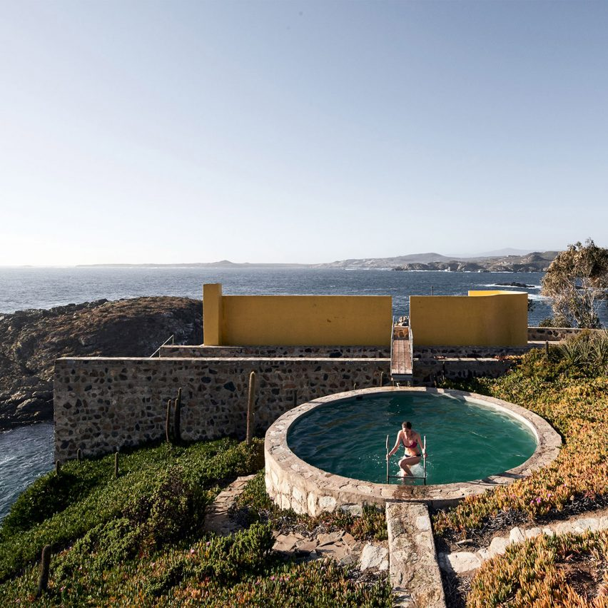 Architectural swimming pools: Los Vilos House by Cristián Boza